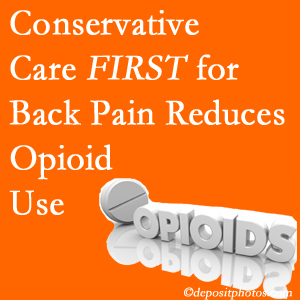 Pensacola Spinal Rehab Center delivers chiropractic treatment as an option to opioids for back pain relief.
